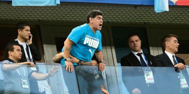 Maradona under Argentinas match mot Nigeria Sergio Perez / TT NYHETSBYRÅN