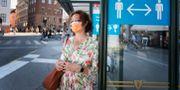 Illustrationsbild, kvinna med munskydd. Stina Stjernkvist/TT / TT NYHETSBYRÅN