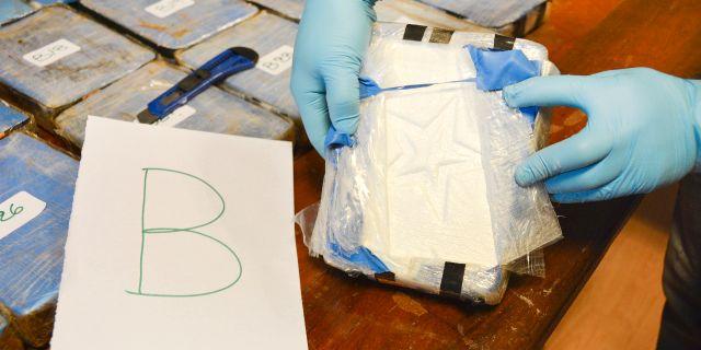 Polisens bilder på kokainfyndet.  HO / Argentina's Security Ministry