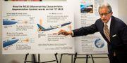 En advokat till en anhörig som stämmer Boeing visar systemet. Arkivbild. Ashlee Rezin / TT NYHETSBYRÅN/ NTB Scanpix