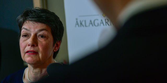 ÖVeråklagare Marianne Ny vid fredagens pressträff med anledningen om våldtäktsutredningen mot Wikileaksgrundaren Julian Assange.  Maja Suslin/TT / TT NYHETSBYRÅN