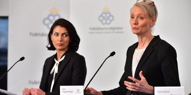 Taha Alexandersson, ställföreträdande krisberedskapschef, Socialstyrelsen, Karin Tegmark-Wisell, chef för avdelningen mikrobiologi. Jonas Ekströmer/TT / TT NYHETSBYRÅN
