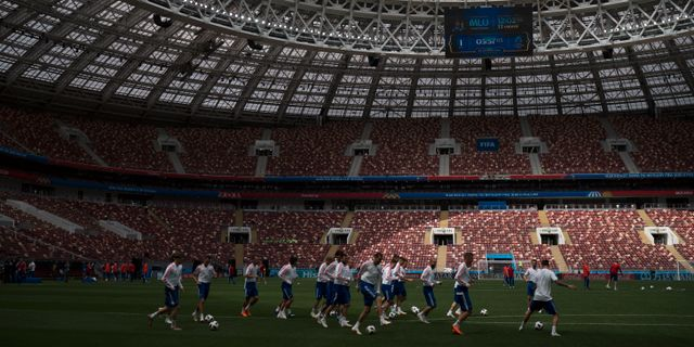 Ryska landslaget värmer upp Felipe Dana / TT / NTB Scanpix