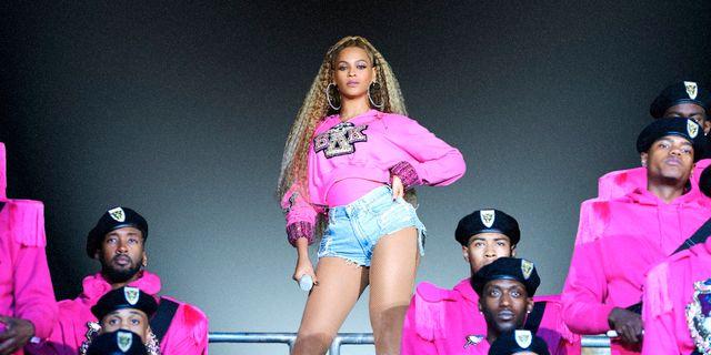 8c7f7ef854c3 Beyoncés succéplatta släpps i alla musiktjänster - Omni