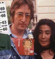 Mark Chapman/John Lennon och Yoko Ono 1971. MICHEL LIPCHITZ / TT NYHETSBYR≈N/ NTB Scanpix