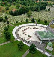 Minnesplatsen på kyrkogården i Potocari nära Srebrenica. Kemal Softic / TT NYHETSBYRÅN