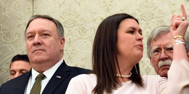 Mike Pompeo och Sarah Sanders. Susan Walsh / TT NYHETSBYRÅN