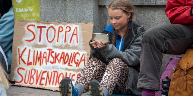 15-åriga Greta Thunberg klimatstrejkar i Stockholm. Marko Säävälä/TT / TT NYHETSBYRÅN