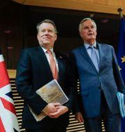 David Frost med EU:s chefsförhandlare Michel Barnier. Arkivbild. Olivier Hoslet / TT NYHETSBYRÅN