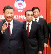Arkivbild: Kinas president Xi Jinping tillsammans med bland annat premiärminister Li Keqiang. Yao Dawei / TT NYHETSBYRÅN