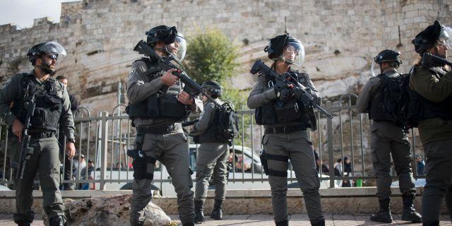 Tre hamasledare greps i jerusalem