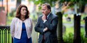 Utrikesminister Ann Linde (S) och statsminister Stefan Löfven (S).  Jessica Gow/TT / TT NYHETSBYRÅN