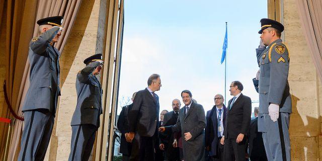 Ledarna sager nej till enat cypern