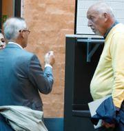 Telias förre vd Lars Nyberg (th) är en av de åtalade. Arkivbild.   Fredrik Persson / TT / TT NYHETSBYRÅN