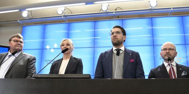 Peter Lundgren, Jessica Stegrud, Jimmie Åkesson och Charlie Weimers. Janerik Henriksson/TT / TT NYHETSBYRÅN