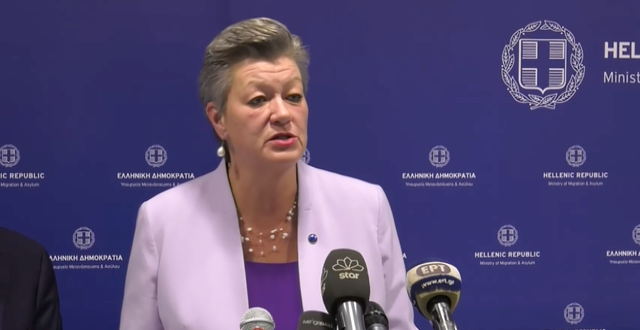 Ylva Johansson under pressträffen i Aten. Europakommissionen