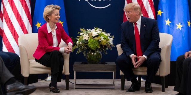 Ursula von der Leyen och Donald Trump.  Evan Vucci / TT NYHETSBYRÅN
