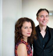 Alexandra Coelho Ahndoril och Alexander Ahndoril, författarparet bakom pseudonymen Lars Kepler. Jessica Gow/TT / TT NYHETSBYRÅN