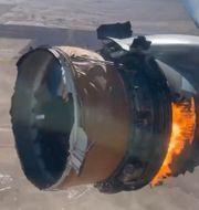 Motorn på det United-plan som började brinna förra helgen.  Chad Schnell / TT NYHETSBYRÅN