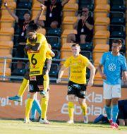 Mjällbys Mamudo Moro jublar efter 1–0 Rickard Nilsson/TT / TT NYHETSBYRÅN