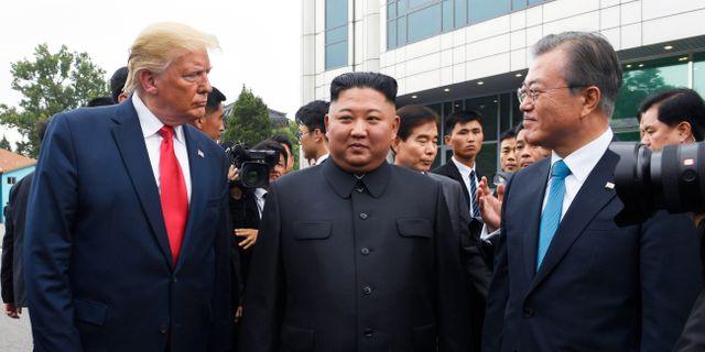 Donald Trump, Kim Jong-Un och Sydkoreas president Moon Jae-In när de träffades i juni 2019. Susan Walsh / TT NYHETSBYRÅN