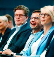 Gunnar Strömmer (M) tillsammans med Ulf Kristersson och Elisabeth Svantesson.  Thomas Johansson/TT / TT NYHETSBYRÅN