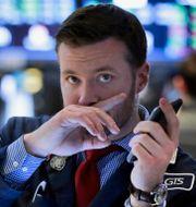 Tradern Frank Masiello på Wall Street. Arkivbild. Richard Drew / TT NYHETSBYRÅN