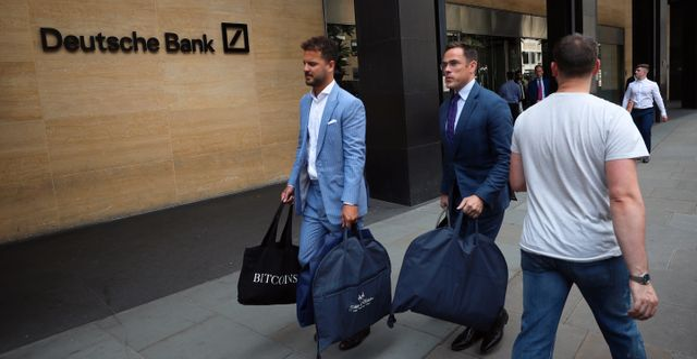 Deutsche Banks kontor på måndagen. SIMON DAWSON / TT NYHETSBYRÅN