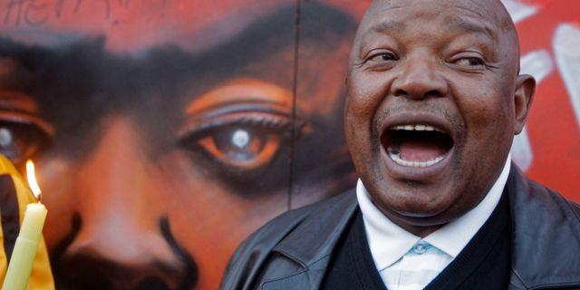 Oppositionspolitiken Mosiuoa Lekota ligger bakom anklagelserna mot presidenten. Schalk van Zuydam / TT NYHETSBYRÅN/ NTB Scanpix