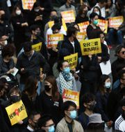 Protester i Hongkong mot den nya säkerhetslagen. LEAH MILLIS / TT NYHETSBYRÅN