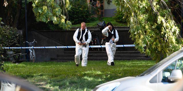 Polisens tekniker arbetar på platsen. Pontus Lundahl/TT / TT NYHETSBYRÅN