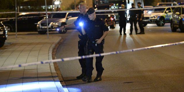Polisen på plats i Kirseberg. Johan Nilsson/TT / TT NYHETSBYRÅN