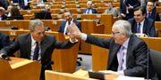 Nigel Farage och Jean-Claude Juncker. FRANCOIS LENOIR / TT NYHETSBYRÅN