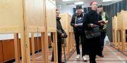 Förtidsröstare i finländska parlamentet i Helsingfors, 3 april. Markku Ulander / TT NYHETSBYRÅN/ NTB Scanpix