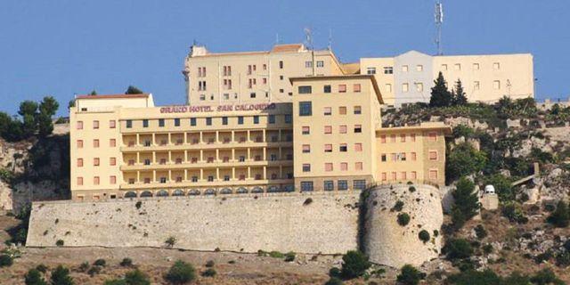 "Grande Hotel de Calogero på sydvästra Sicilien ""firar"" 64 år – utan en enda gäst. Grande Hotel de Calogero"
