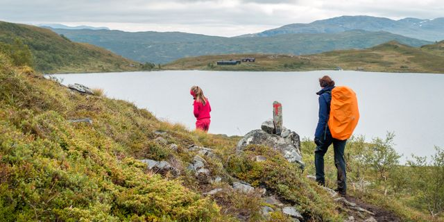 Mor och dotter på tur vid Ramsjøhytta. Kallestad, Gorm / TT NYHETSBYRÅN