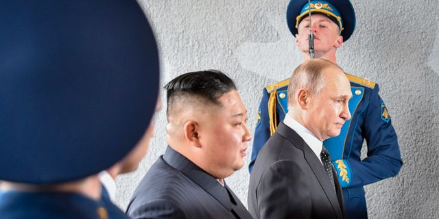 Putin och Kim. YURI KADOBNOV / AFP