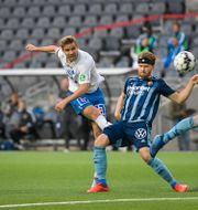 Nyman och Djurgårdens Jacob Une Larsson under matchen Pontus Lundahl/TT / TT NYHETSBYRÅN