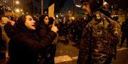Demonstranter i Iran. Mona Hoobehfekr / TT NYHETSBYRÅN