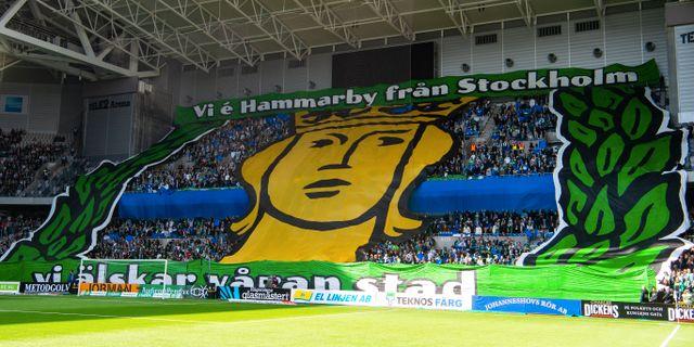Hammarbys tifo i derbyt mot Djurgården den 28 april. SIMON HASTEGÅRD / BILDBYRÅN