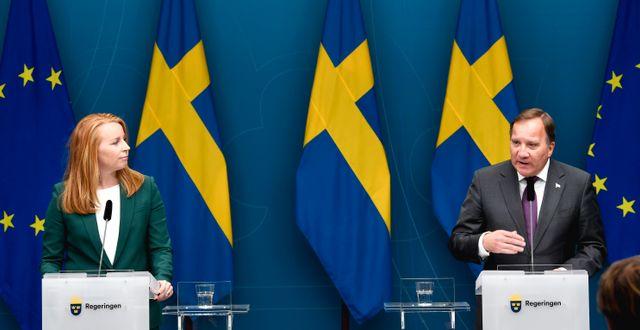 Annie Lööf (C) och Stefan Löfven (S). Pontus Lundahl/TT / TT NYHETSBYRÅN
