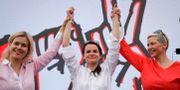 Veronika Tsepkalo, Svetlana Tikhanovskaja och Maria Kolesnikova. Sergei Grits / TT NYHETSBYRÅN