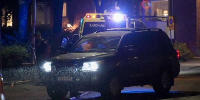 Polis på plats i Nacka under söndagen. Claus Meyer/TT / TT NYHETSBYRÅN