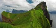 Fyren på Kalsoy är minst sagt spektakulär. Visit Faroe Islands