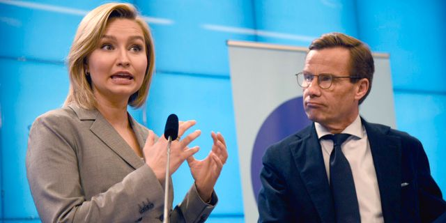 Ebba Busch Thor (KD) och Ulf Kristersson (M). Marko Säävälä/TT / TT NYHETSBYRÅN