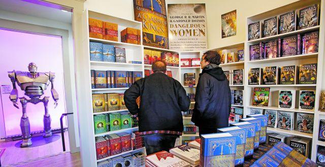 George RR Martins nya bokaffär Beastly Books ligger i Santa Fe.  Luis Sánchez Saturno/TT Nyhetsbyrån
