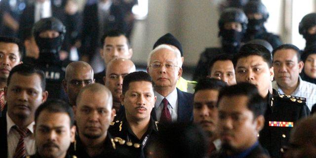 Den tidigare premiärministern Najib Razak på väg till domstolen i Kuala Lumpur, Malaysia.  Yam G-Jun / TT / NTB Scanpix