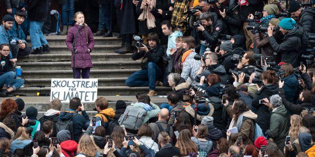 Greta Thunberg i Lausanne idag. Gabriel Monnet / TT NYHETSBYRÅN