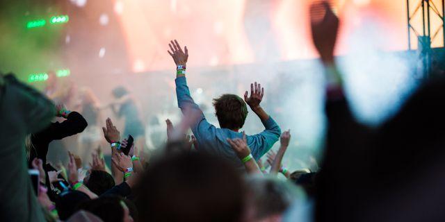 Publikhav på Bråvallafestivalen/arkivbild.  Izabelle Nordfjell/TT / TT NYHETSBYRÅN