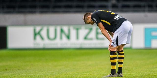 AIK:s Karol Mets deppar efter fotbollsmatchen i Allsvenskan mellan AIK och Östersund. JOHANNA LUNDBERG / BILDBYRÅN